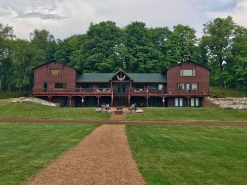 hotelsinrhinelander-wildlife-cabins-lodge-wisconsin