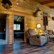 Moose Cabin Bedrooms