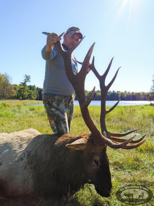 Mike Snelson - Trophy Elk Hunting Trip