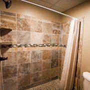 Tiled Full Bath at the Rustic Lodge Rental